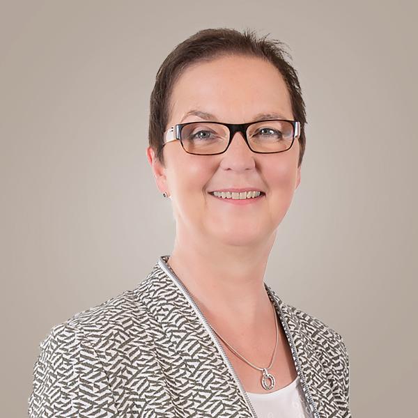Steuerfachangestellte Cornelia Brinkschmidt-Reher